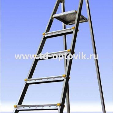 Стремянка стальная 4 ступени